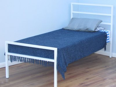 Darby Steel Bed
