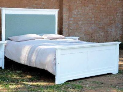 Oslo Sleigh Bed